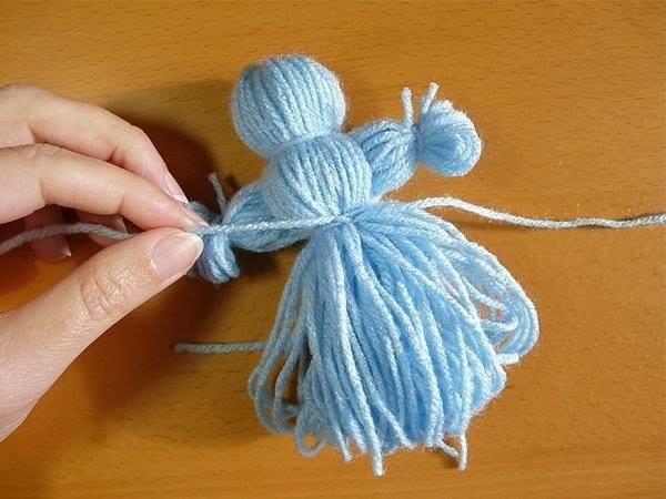 Поделки кукол из ниток