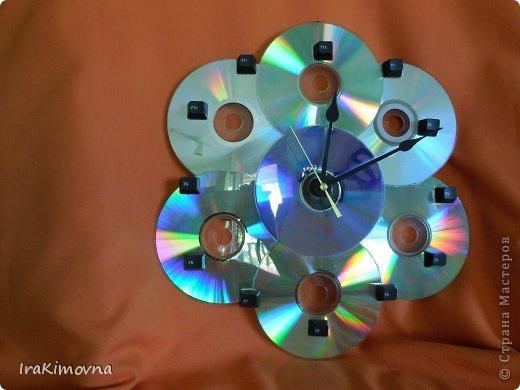 Как сделать гусеницу из сд дисков своими руками8