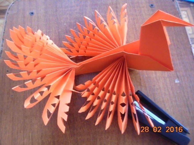 Оригами из бумаги птица счастья-оберег для семьи своими руками фото